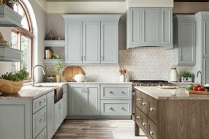 kitchen-remodel-in-Ellijay-ga-kraftmaid-seafoam-blue-maple-cabinets-kitchen-island